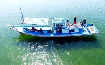 Kapal nelayan di Pulau Senggora. BORNEONEWS/KOKO SULISTYO
