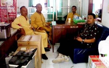 anggota Tim Respons Cepat Penyakit Hewan Berbahaya pada Dinas Peternakan dan Kesehatan Hewan Kabupaten Kotawaringin Barat. (BORNEONEWS/WAHYU KRIDA)