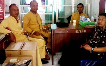 Anggota Tim Respons Cepat Penyakit Menular Hewan pada Dinas Peternakan dan Kesehatan Hewan Kabupaten Kotawaringin Barat. (BORNEONEWS/WAHYU KRIDA)