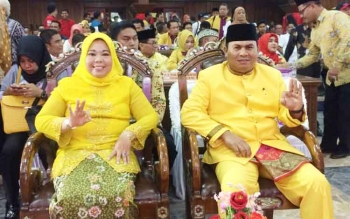 Pasangan nomor urut 3 Pilkada Kotawaringin Barat 2017, Hj. Nurhidayah-Ahmadi Riansyah (NURANI). BORNEONEWS/CECEP HERDI