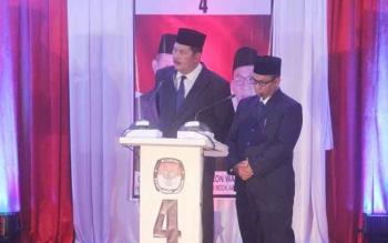 Pasangan calon nomor urut 4, Pilkada Kobar 2017, Desi Hercules-Gusti Awaluddin (SIDIN) akan mencanangkan program Kabupaten Layak Anak (KLA), dalam Debat Kandidat Sesi kedua, Sabtu (21/1/2017). BORNEONEWS/CECEP HERDI