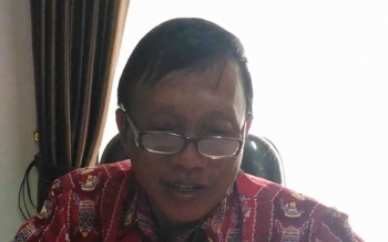 Kepala Badan Kesatuan Bangsa dan Politik Gunung Mas, Tasa Torang. BORNEONEWS/EPRA SENTOSA