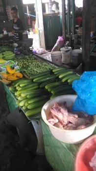 Penjual sayur. (BOREONEWS/EPRA SENTOSA)