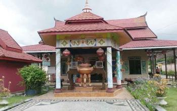 Suasana salah satu vihara di Sampit, Kotawaringin Timur. Perayaan Hari Raya Imlek tahun ini tergolong sepi.