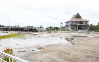 Dinas Perumahan Rakyat dan Kawasan Pemukiman Kota Palangka Raya mulai membangun 3 dari 15 gedung kantor di komplek perkantoran yang baru.
