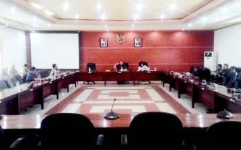 Rapat gabungan komisi-komisi alat kelengkapan DPRD Kapuas.