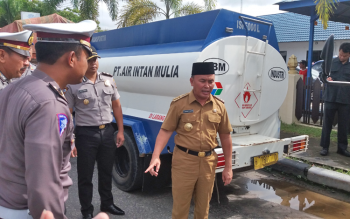 Gubernur Perintahkan Tangkap Angkutan Plat Non KH
