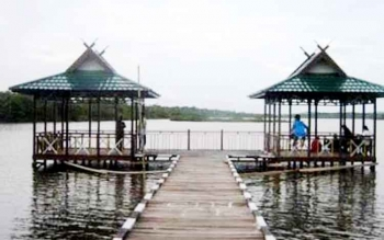 Danau Gatal di kecamatan Kotawaringin Lama Kabupaten Kobar.
