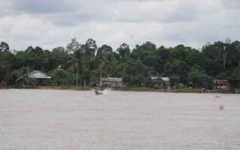 Perumahan warga di Kelurahan Buntok Kota atau biasa disebut Buntok Seberang, Kabupaten Barito Selatan.