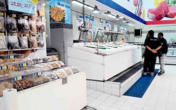 IKAN ASIN - Blok ikan asin di salah satu supermarket di Palangka Raya. Ada isu, pedagang mencampur ikan asin dengan formalin.