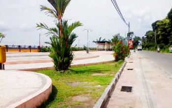 Taman kota jalan tingang menteng (Taman Laut). di lokasi ini nantinya akan dibangun dermaga yang didanai DAK Kementerian Pariwisata
