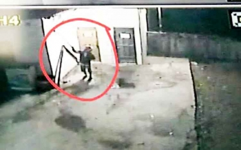 Tampak pencuri SSTV terekam kamera.
