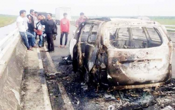 Polisi Kesulitan Kejar Truk yang Diduga Sebabkan Mobil Avanza Terbakar