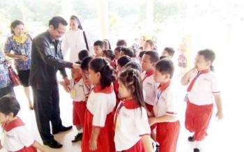 Puluhan peserta didik dari PAUD Maria Beata Helena, Nanga Bulik, saat berkunjung ke DPRD Lamandau, Kamis (9/2/2017)