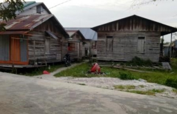 Permukiman warga di Komplek PLN Kelurahan Mendawai Sukamara. DLH Sukamara serius berupaya meraih Adipura Kirana 2017. Oleh karena itu, DLH meminta peran aktif masyarakat untuk menjaga kebersihan lingkungannya
