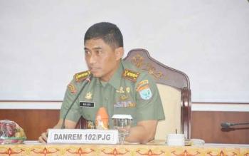 Danrem 102/Pjg Kolonel Arm M Naudi Nurdika dalam sebuah kegiatan di Palangka Raya. Sementara itu, Danrem itu hari ini dijadwalkan melakukan kunjungan kerja ke Seruyan.