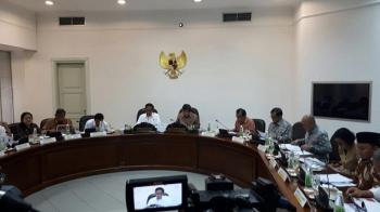 Presiden Joko Widodo memimpin Ratas, Selasa (14/2/2017) sore