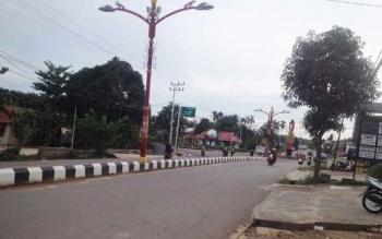 Kondisi jalanan Kota Puruk Cahu, Kabupaten Murung Raya. Untuk tahap satu penilaian Adipura 2017, Kota Puruk Cahu Nihil Prestasi