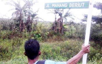 Patok nama Mahang Beriut yang merupakan lokasi pertanian padi di Kecamatan Seruyan Hilir.