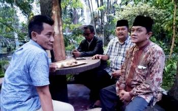 Empat paslon kepala daerah menggelar pertemuan di rumah Eko Soemarno, Kamis (16/2/2017) petang.