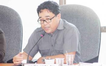 Anggota DPRD Seruyan, Hairil Yadi saat mengikuti hearing, Senin (20/2/2017).