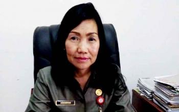 Kepala Dinas Kependudukan dan Pencatatan Sipil Kabupaten Muung Raya Asnawiyah