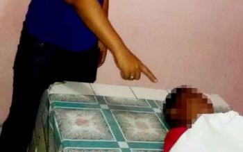 Jenazah korban gantung diri, Slamet Heryadi (14), yang merupakan Siswa SMPN 1 Dahirang.
