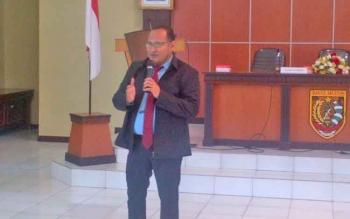 Kepala KP2KP Buntok, Muhammad Rafi\\\'e saat memberikan materi, Kamis (23/2/2017)