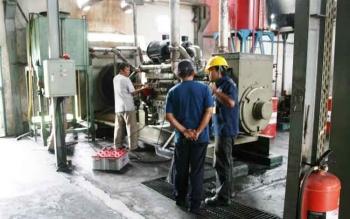 Mesin pembangkit listrik milik PLN Rayon Pangkalan Bun.