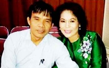 Ketua Komisi I DPRD Barsel, Hermanes saat bersama sang istri