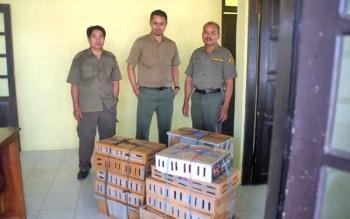 BKSDA Gagalkan Peredaran Ratusan Burung dari Murung Raya ke Banjarmasin