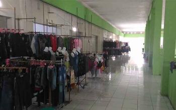Harga sewa diturunkan, namun pasar baru Kuala Kurun ini masih sepi pembeli.