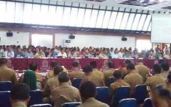 Ratusan perusahaan diundang hadir dalam Rakor pencegahan dn penanganan Karhutla di aula Jayang Tingang, kantor gubernuran, Senin (27/2/2017)