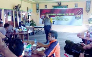 Kapolda Kalteng Brigadir Jenderal Anang Revandoko saat memberikan sambutan.