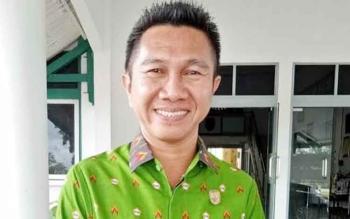Ketua DPRD Sukamara Sering Temukan Bungkus Obat Batuk Berserakan di Kebun