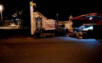 Menindaklanjuti pemasangan plang larangan berjualan bagi PKL di sejumlah ruas jalan protokol, Dinas Satpol PP dan Damkar akan menggelar Razia PKL minggu depan.