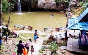 Obyek Wisata Air Terjun Batu Mahasur di Kuala Kurun, Kabupaten Gunung Mas.