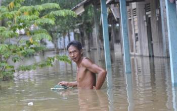 Banjir di Kecamatan Arut Utara, Kabupaten Kotawaringin Barat.