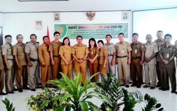 Plt Kepala Badan Keuangan Daerah Provinsi Kalimantan Tengah Kaspinor seusai memberi arahan dalam Rapat Rekonsiliasi PKB dan BBN-KB Triwulan I, Senin (6/3/2017).