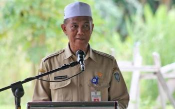 Kepala Dinas Dukcapil Kabupaten Seruyan, Mansyur Ibrahim saat memaparkan soal data kependudukan di Seruyan per akhir tahun 2016, Senin (6/3/2017).