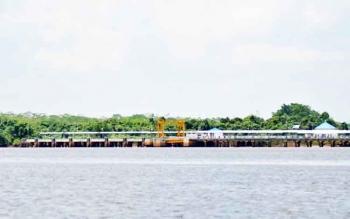 Pelabuhan Sei Tunggul di Desa Bahaur Hulu Kecamatan Kahayan Kuala.