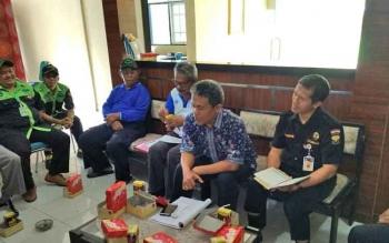 Ptl Kadis Kominfo dan Persandian Kabupaten Barito Utara, Iman Topik saat menyampaikan beberapa hal pada rapat koordinasi