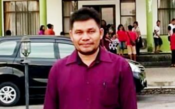 Kepala Bagian (Kabag) Humas dan Protokol kantor Setda Kabupaten Mura, Simon Loteh.