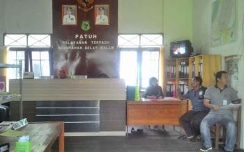 Kantor Kelurahan Selat Dalam, Kecamatan Selat, Kapuas.