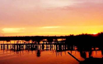 Pelabuhan Kereng Bangkirai yang memiliki pemandangan indah semestinya dapat digodok untuk dijadikan ikon wisata.