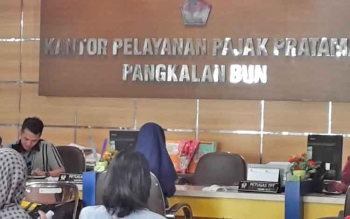 Loket Kantor Pelayanan Pajak Pratama Pangkalan Bun saat melayani wajib pajak.