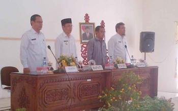 Pejabat Bupati Barsel, Mugeni membuka forum gabungan SKPD, Rabu (15/3/2017)