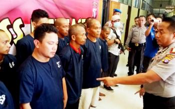 Belasan tersangka kasus sabu yang diamankan Polres Kotim sejak awal hingga pertengahan Maret 2017.