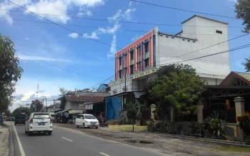 Salah satu bangunan sarang walet yang berkamuflase sebagai ruko di Palangka Raya.