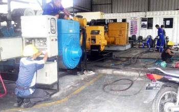 Pembogkaran panel mesin PLN